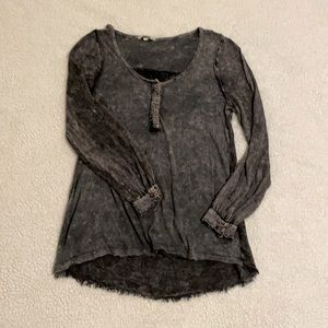 Gimmicks Size S Oversized Distressed Tunic